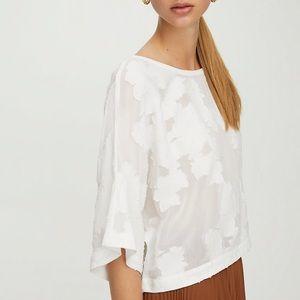 Aritzia Wilfred Blayze Blouse White Flowers M